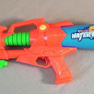 Пистолет водный Крутая пушка с эксклюзивными наклейками, 3000 тг.